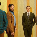 Harry Crane, Stan Rizzo, Ken Cosgrove y Michael Ginsberg en 'Mad Men'
