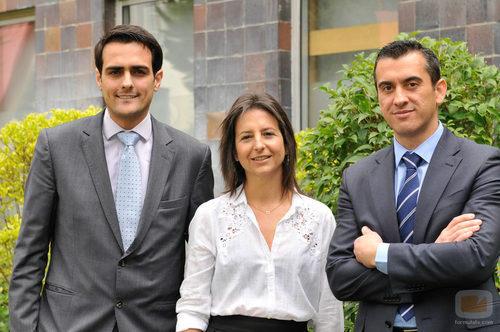La directora de 'El jefe infiltrado' con Jesús Navarro y Guillermo Pérez