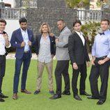 El grupo de los guapos en 'Un príncipe para Laura'