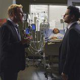 Justin Chambers y Kevin McKidd en 'Anatomía de Grey'