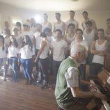 La escuela de 'Dreamland' cantando