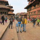 José Coronado y su hijo en Nepal en 'Planeta Calleja'