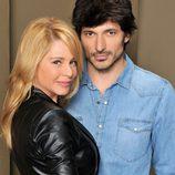 Andrés Velencoso y Belén Rueda muy juntos en 'B&b'