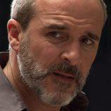 Primer plano de Fernando Guillén Cuervo en 'Rescatando a Sara'