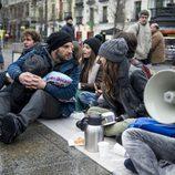 Dani Rovira acude a una manifestación de indignados en 'B&b'
