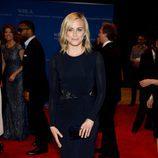 Taylor Schilling en la alfombra roja de la Cena de Corresponsales de la Casa Blanca