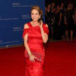 Diane Lane posa en la alfombra roja de la Cena de Corresponsales de la Casa Blanca