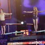 Aarón Guerrero y Laura Manzanedo preparándose para saltar en 'Mira quién salta'