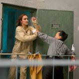 Megan Montaner huye de la cárcel donde lleva encerrada desde los 10 años en 'Sin identidad'