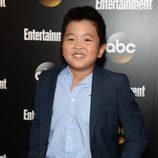 Hudson Yang en los Upfronts 2014 de ABC