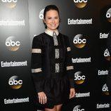 Katie Lowes ('Scandal') en los Upfronts 2014 de ABC
