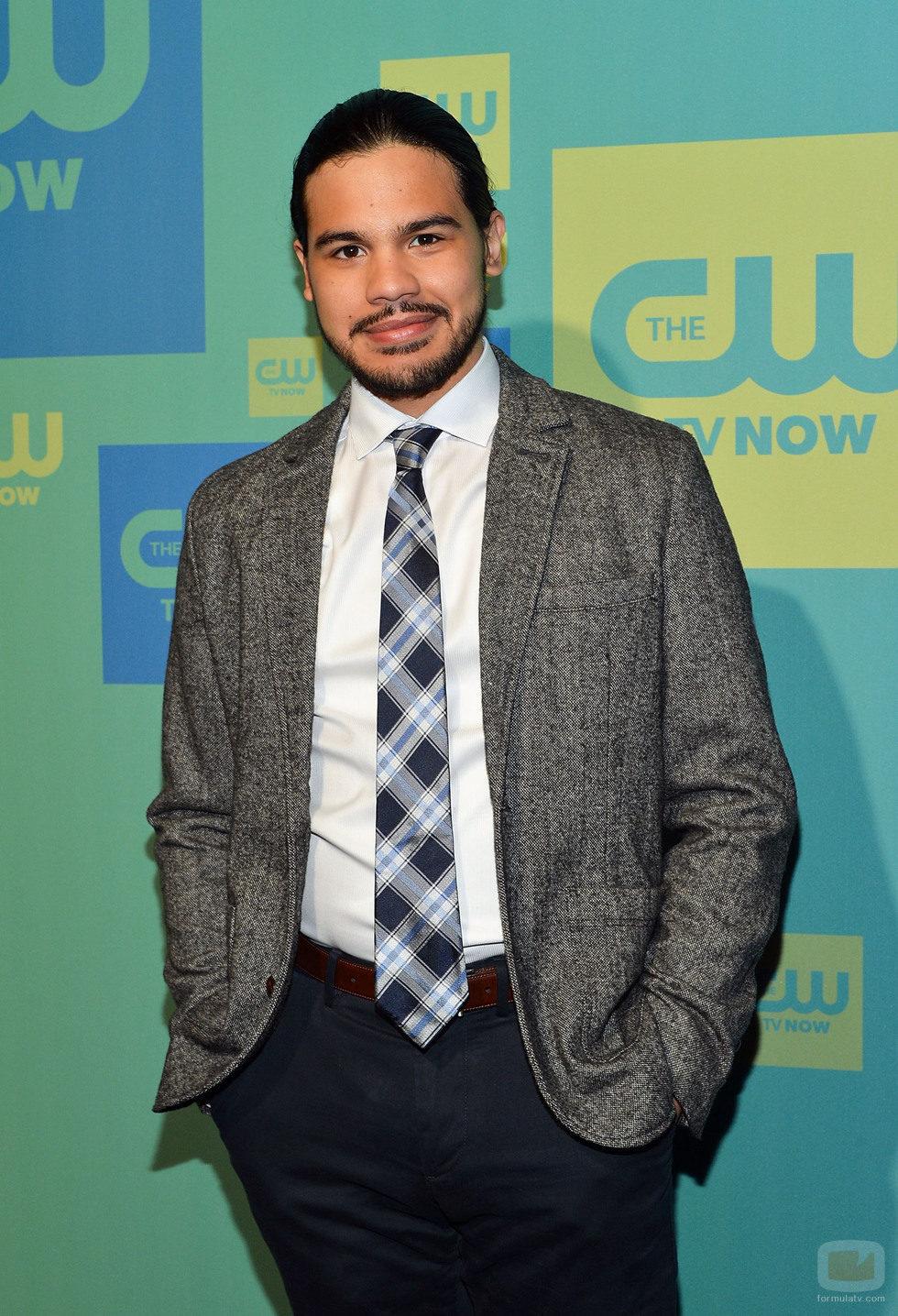 Carlos Valdes en los Upfronts 2014 de The CW