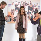 Megan Montaner junto con Eloy Azorín en 'Sin identidad'