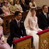 Manuela Velasco y Miguel Ángel Silvestre pocos minutos antes de casarse en 'Velvet'