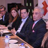 Diego Suárez y Lorena Morlote durante la rueda de prensa de 'Millonario anónimo'