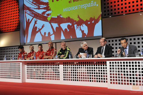 Paolo Vasile encabezó la presentación de la cobertura del Mundial de Brasil por Mediaset España