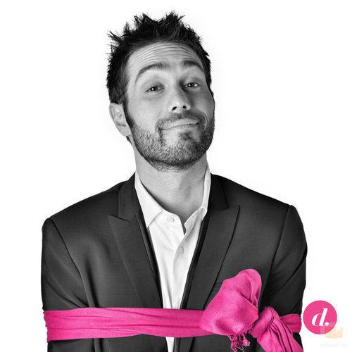 """Dani Martinez en la campaña """"¿Quién dice que el rosa es un color de chicas?"""" de Divinity"""