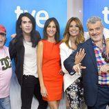 El jurado y los presentadores de 'El pueblo más divertido' de La 1