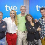 Manolo Royo, Berta Collado, Josema Yuste, Sole (Las Virtudes) y Eduardo Aldán, cómicos de 'El pueblo más divertido'