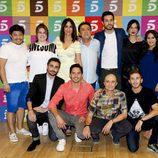 El reparto de 'Aida' posando en la última rueda de prensa de la serie