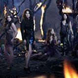 Las chicas Beauchamp y los hermanos gardiner de 'Las brujas de East End'