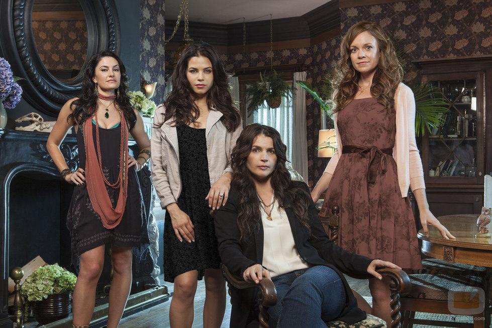 La familia Beauchamp de 'Las brujas de East End'