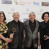 'El tiempo entre costuras', Premio Iris 2014 a la mejor producción