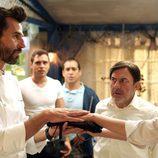 Santi Millán le hace una entrega importante a Dafne Fernández en 'Chiringuito de Pepe'
