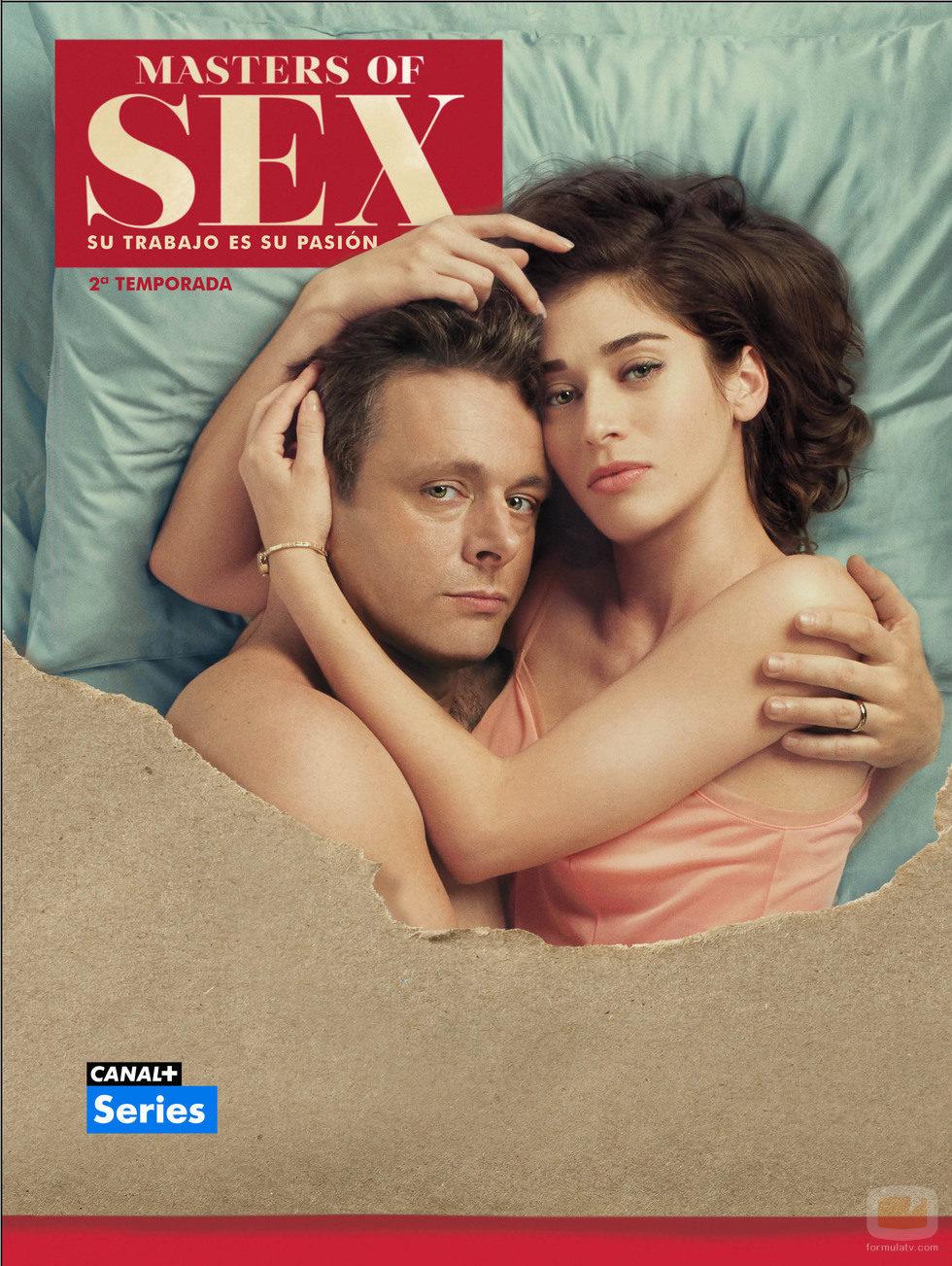 Michael Sheen y Lizzy Caplan juntos en una imagen promocional de la segunda temporada de 'Masters of Sex'