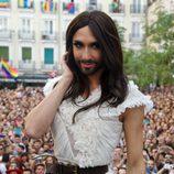 Conchita Wurst durante el pregón del Orgullo Gay 2014 en Madrid
