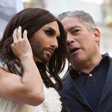 Conchita Wurst junto a Boris Izaguirre en el Orgullo Gay 2014 de Madrid