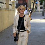 Rosa Valenty en el último adiós a Carmen Hornillos