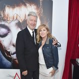Kimmy Robertson junto al director David Lynch en la presentación de