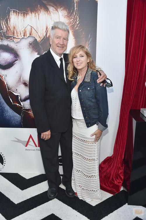 """Kimmy Robertson junto al director David Lynch en la presentación de """"Twin peaks: The Entire Mystery"""""""