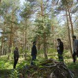 Escena de un bosque en 'Bajo sospecha'