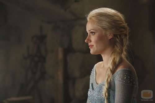 Georgina Haig es Elsa en 'Once Upon A Time'