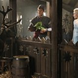 Sven, Kristoff y Elsa de