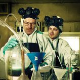 Walter White y Jesse Pinkman cocinan metanfetamina en 'Breaking Bad'