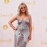 Amy Poehler en la alfombra roja de los Emmys 2014