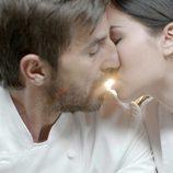 Santi Millán y Dafne Fernández protagonizan un romance en 'Chiringuito de Pepe'