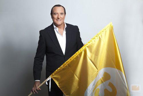 Antonio Jiménez luce la bandera de 13TV