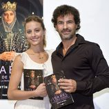 Michelle Jenner y Rodolfo Sancho presentando el tercer libro basado en 'Isabel'