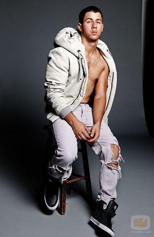 Nick Jonas en sus fotos más sexys para Flaunt Magazine