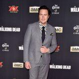 Josh McDermitt en el estreno de la nueva temporada de 'The Walking Dead'