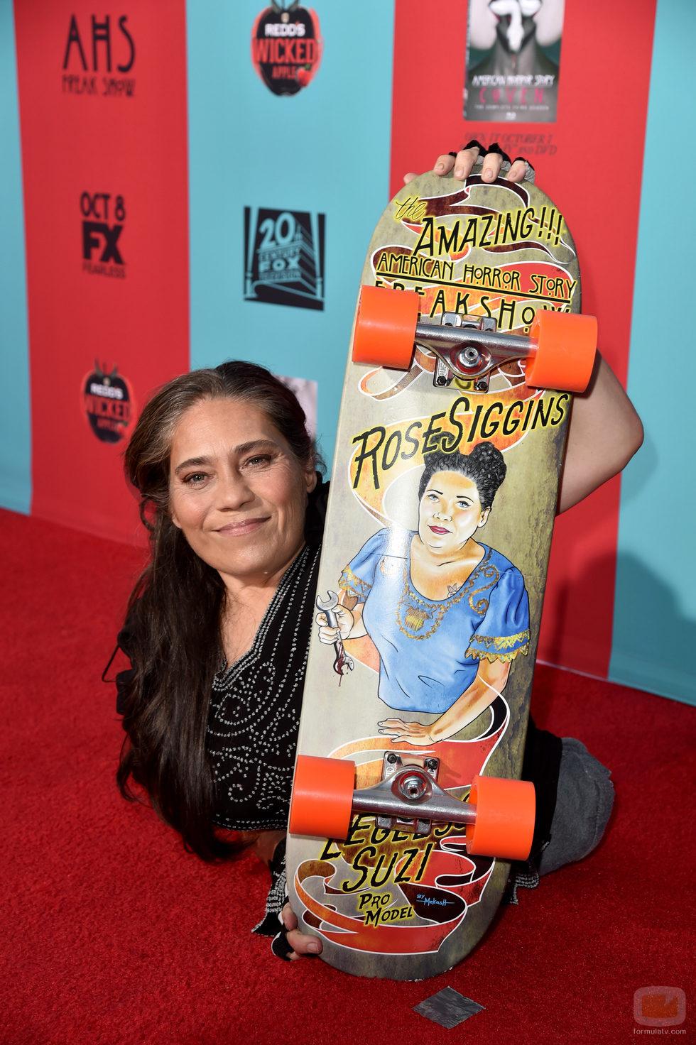 Rose Siggins en la première de 'American Horror Story: Freak Show'