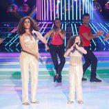 Anna Simon y Nayra en la gala 1 de 'Tu cara me suena mini'