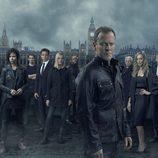 Foto grupal de los personajes de '24: Vive otro día'
