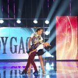 Los concursantes Álvaro y María bailan en 'Pequeños gigantes'