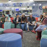 Los concursantes en el salón de 'Gran Hermano 15'