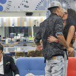 Omar y Lucía se besan en 'Gran Hermano 15'